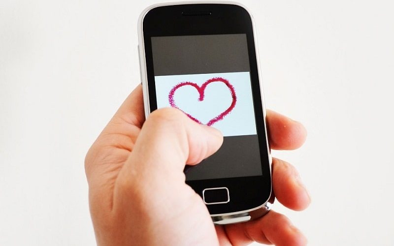 Cách nói chuyện với người yêu bớt nhạt